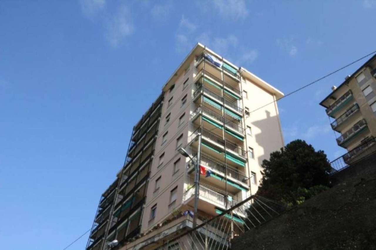 Appartamento in Vendita a Genova Periferia Nord: 4 locali, 95 mq