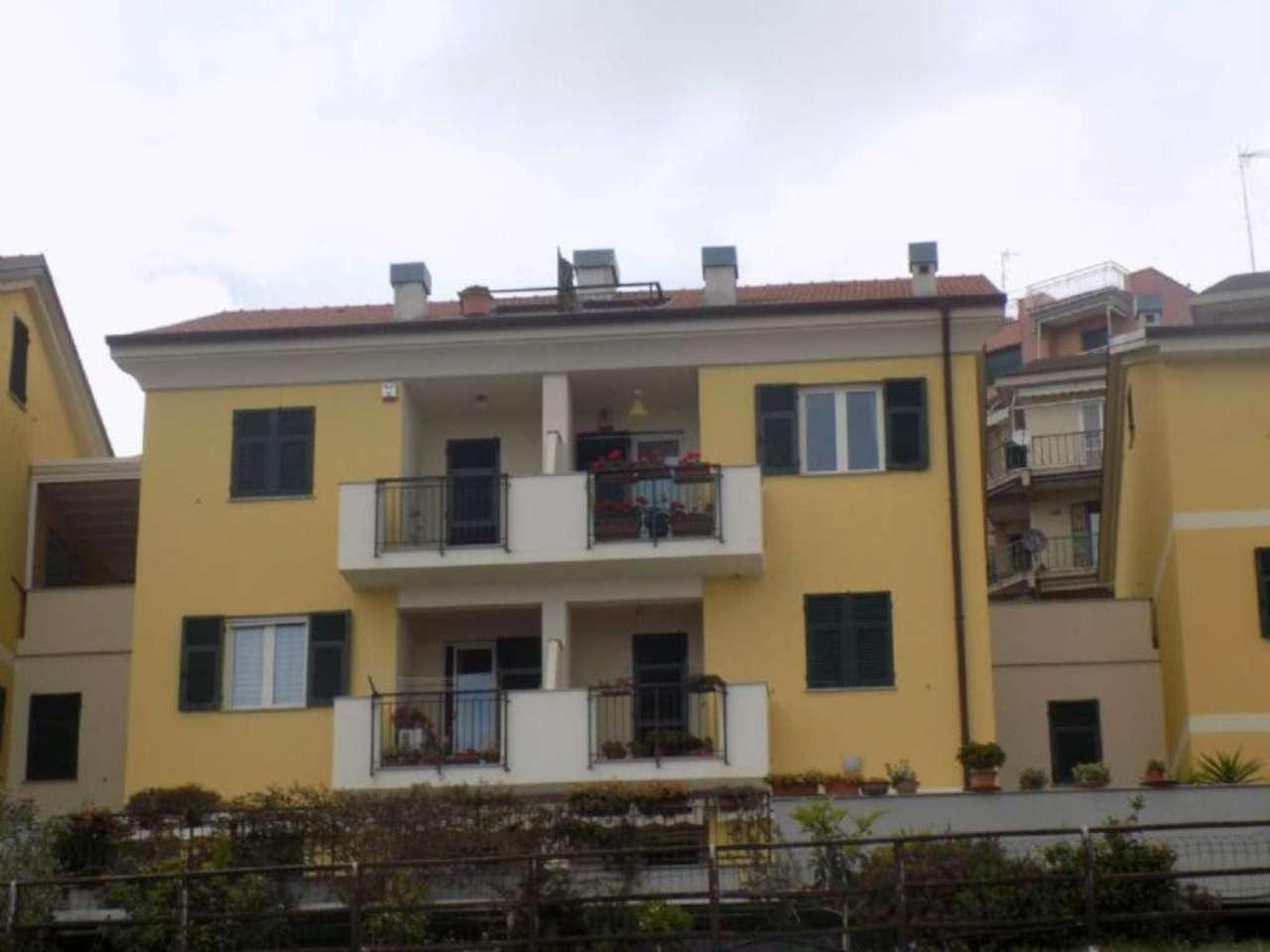 Appartamento in Vendita a Cogoleto Centro: 5 locali, 105 mq