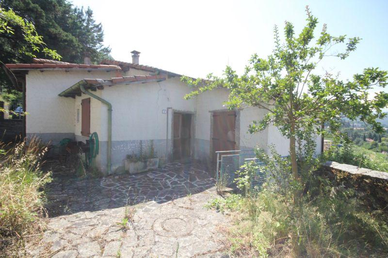 Casa indipendente in Vendita a Fivizzano Periferia: 4 locali, 70 mq