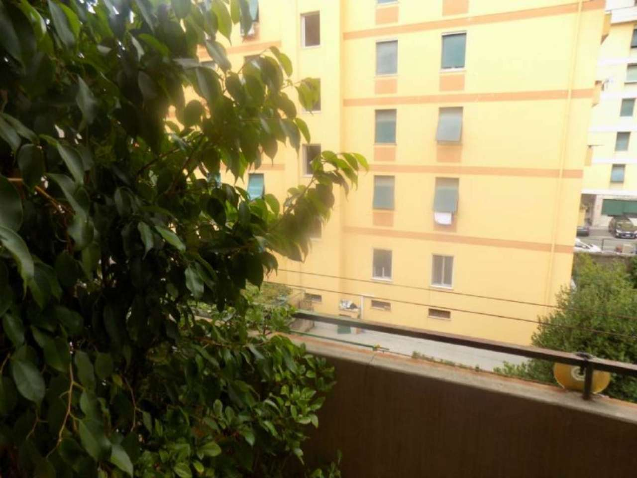 Bilocale Genova Via Isonzo 11