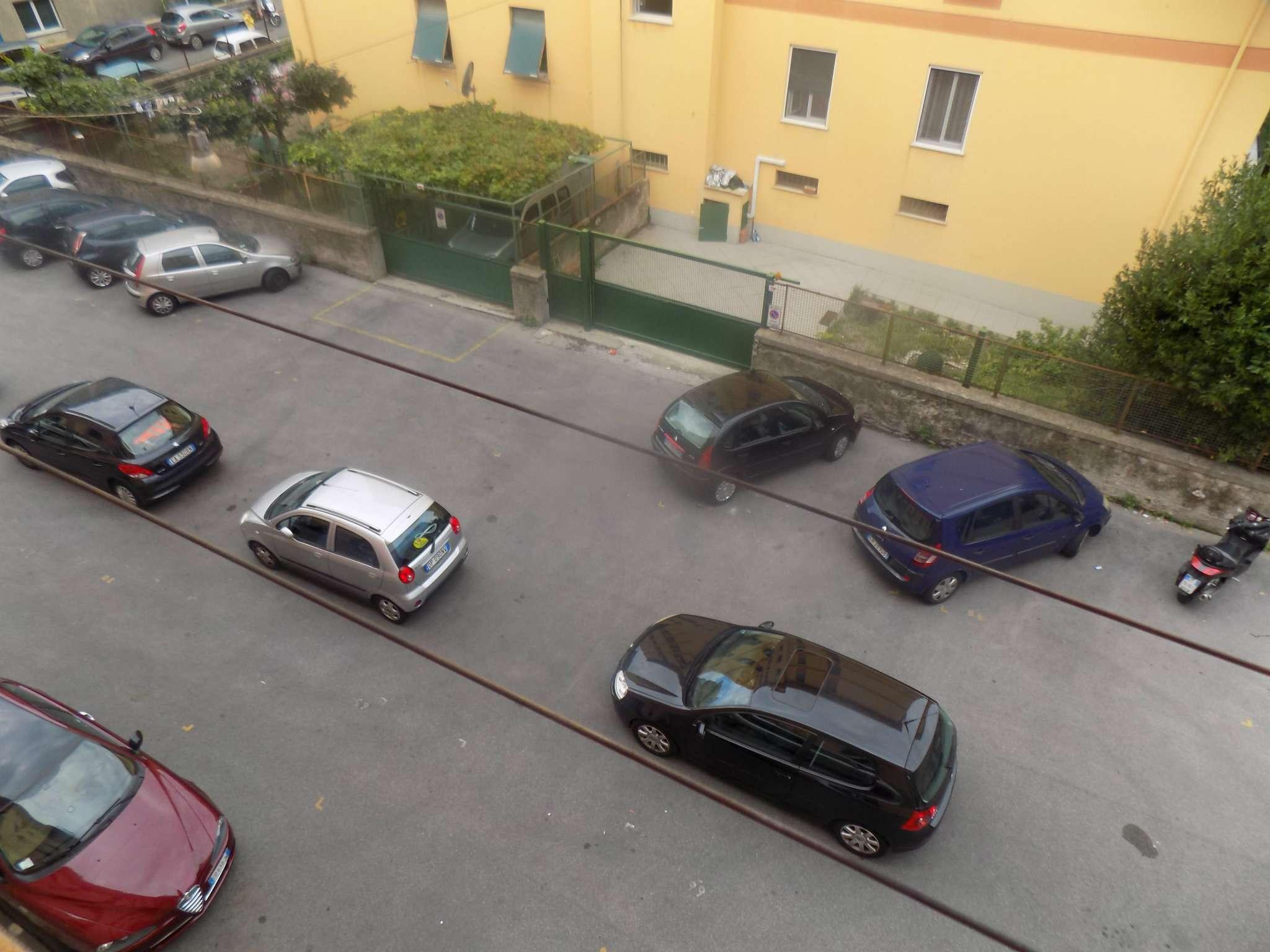 Bilocale Genova Via Isonzo 12