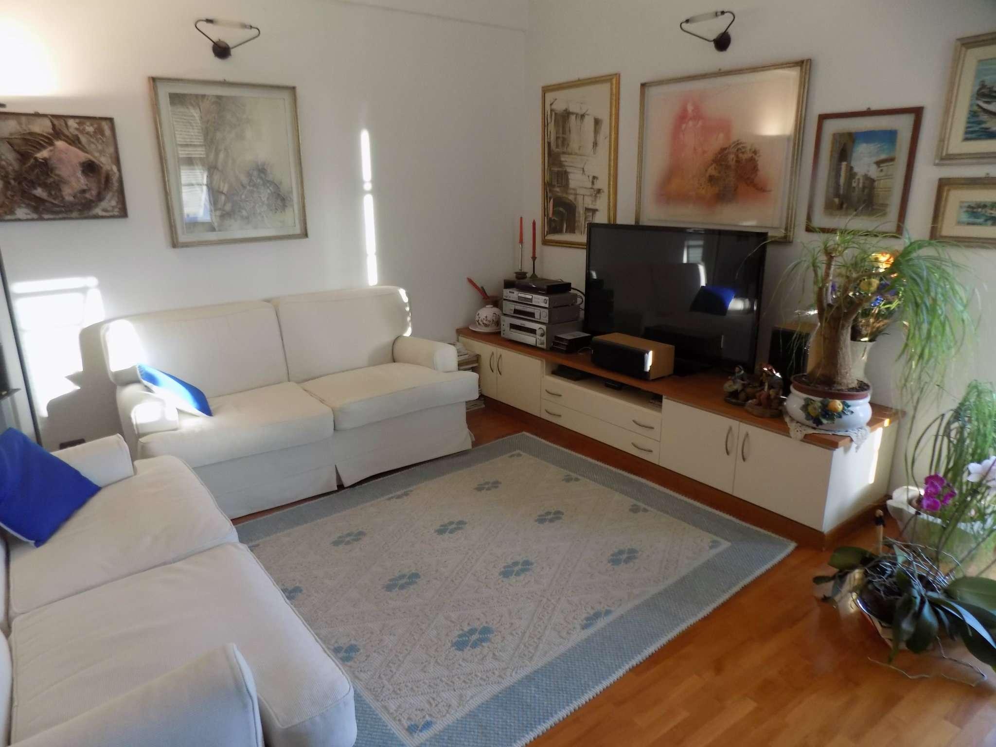 Appartamento in Vendita a Recco Centro: 4 locali, 80 mq