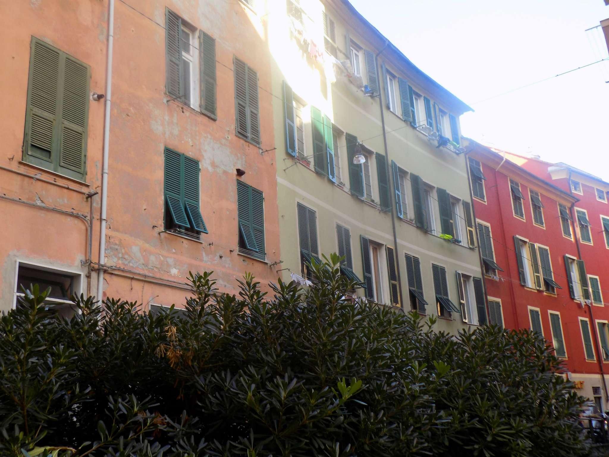 Appartamento in Vendita a Genova Periferia Ovest:  4 locali, 100 mq  - Foto 1