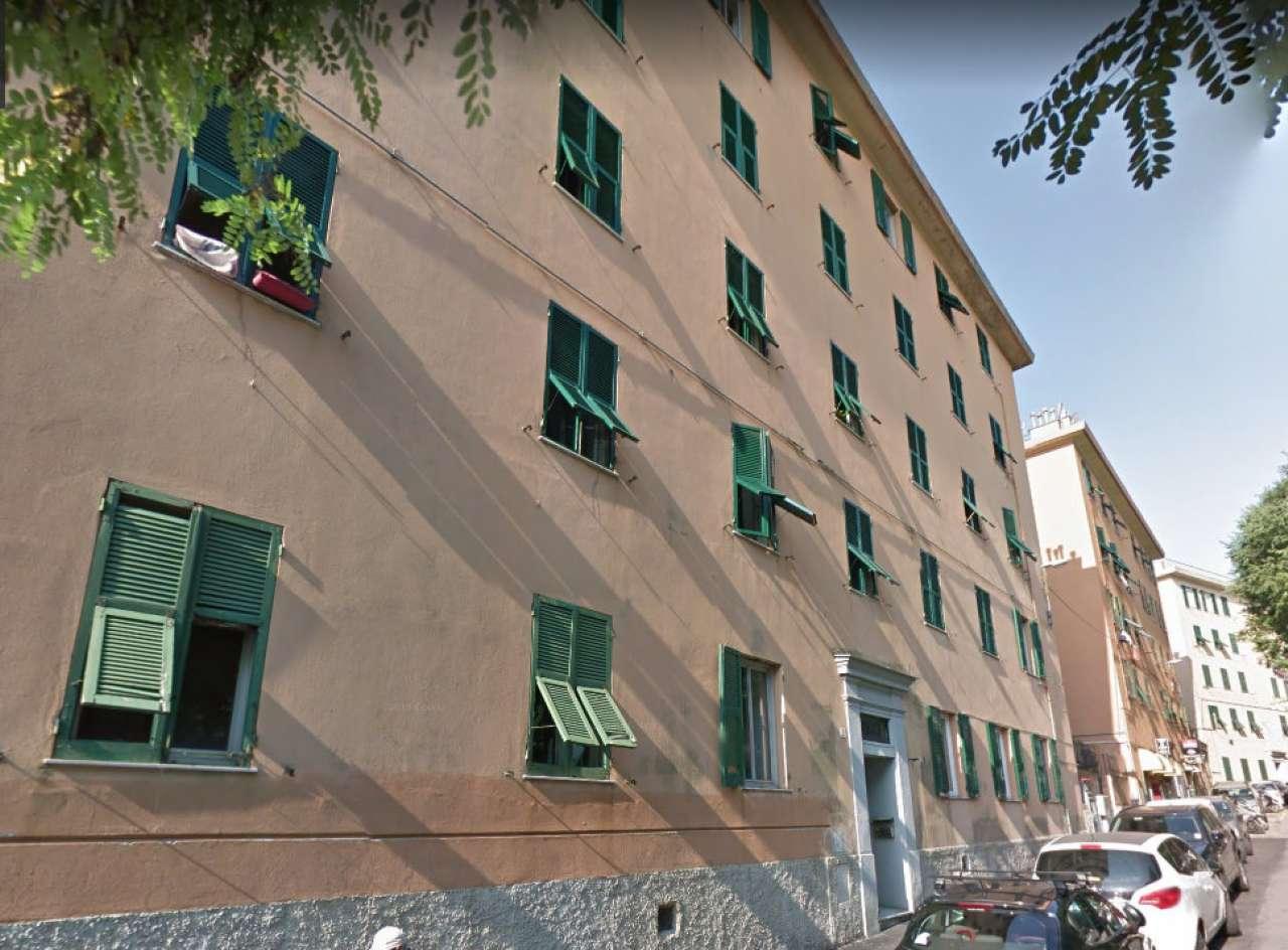 Appartamento in Vendita a Genova Centro: 4 locali, 76 mq
