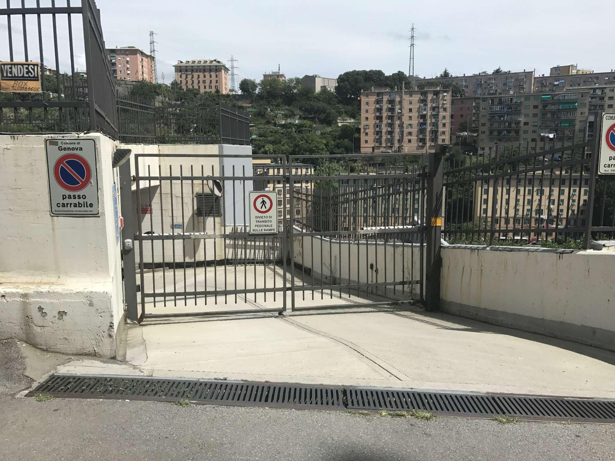 Posto-box auto in Vendita a Genova Periferia Est: 1 locali, 26 mq