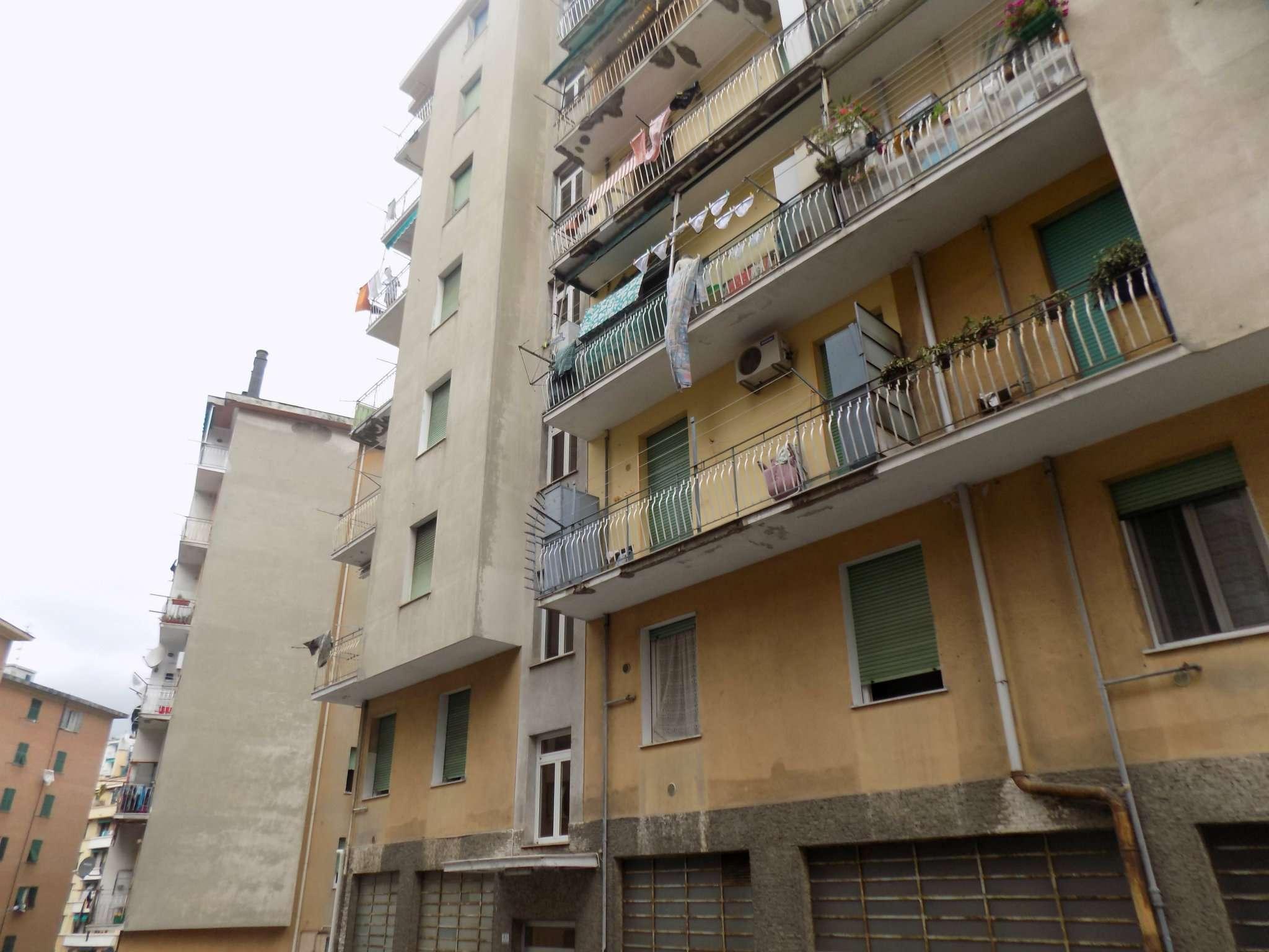 Appartamento in Vendita a Genova Semicentro Ovest: 4 locali, 75 mq