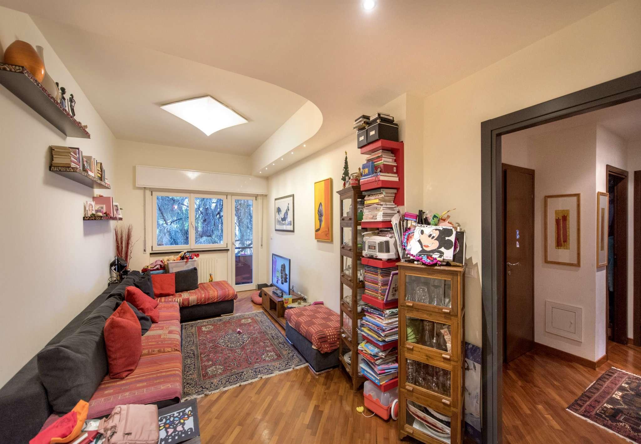 Appartamento in Vendita a Genova Periferia Ovest: 5 locali, 105 mq