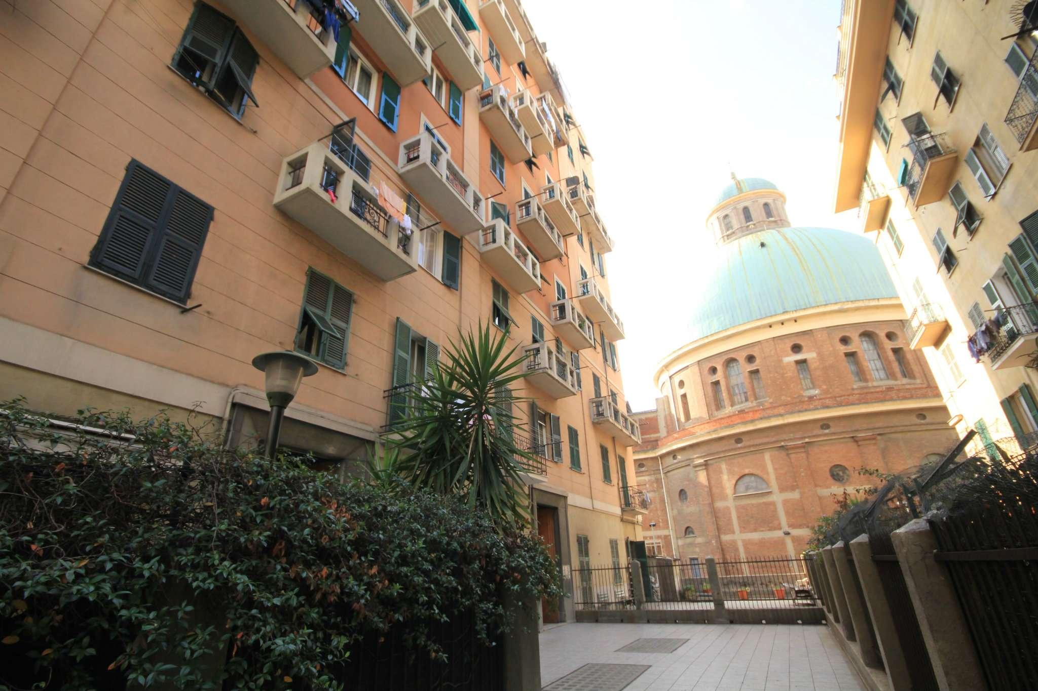 Appartamento in Vendita a Genova Centro: 4 locali, 80 mq