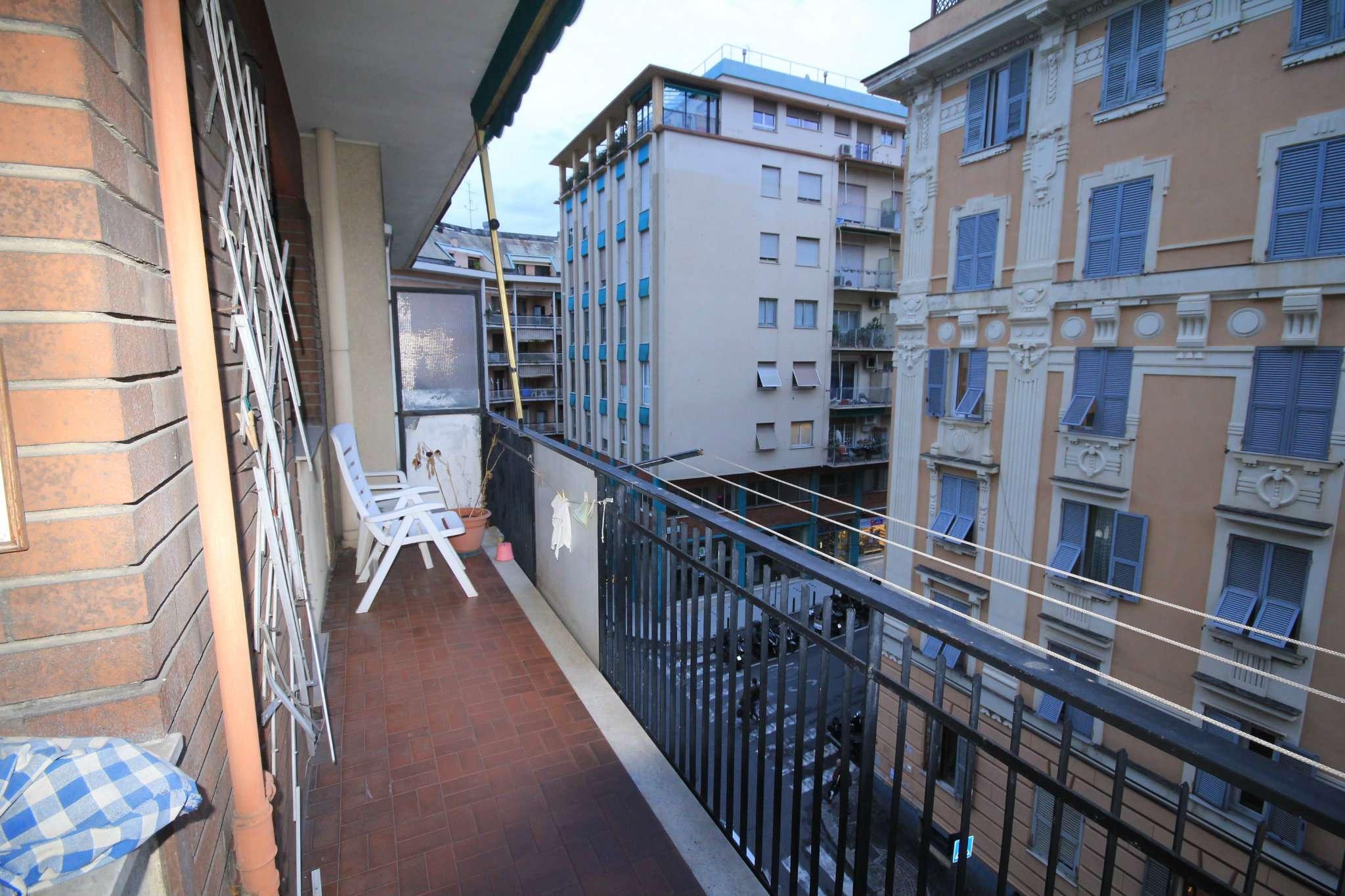 Appartamento in Vendita a Genova Semicentro: 3 locali, 70 mq