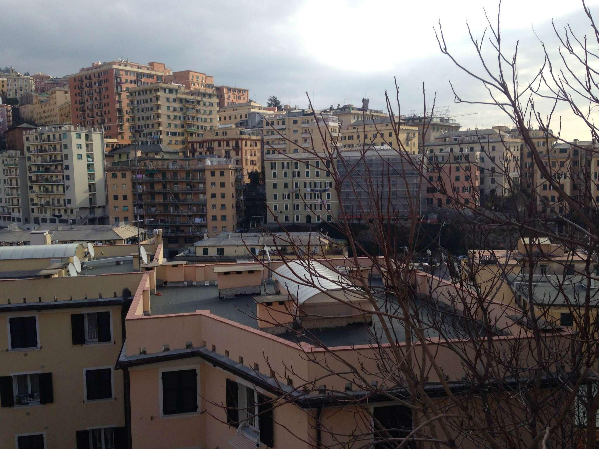 Appartamento in Vendita a Genova Semicentro Ovest: 5 locali, 110 mq