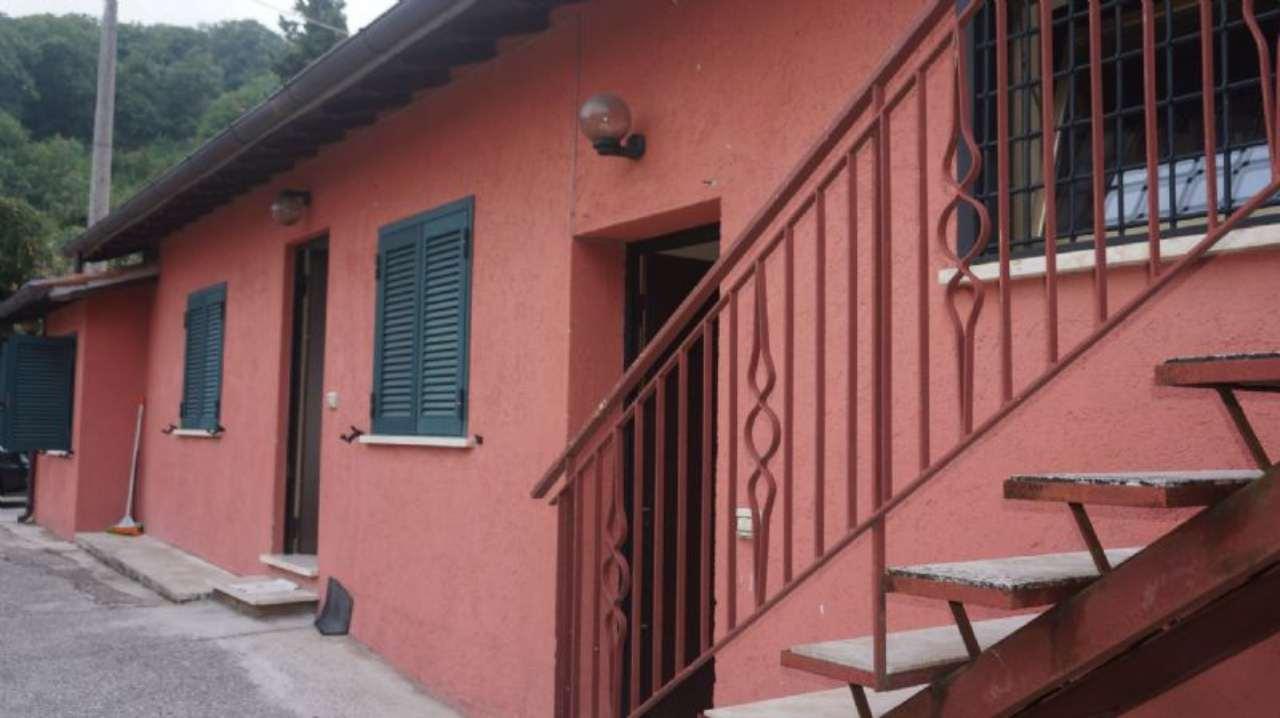 Bilocale Velletri Via Colle Vignato 10