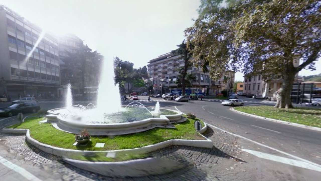 Bilocale Velletri Via Menotti Garibadi 2