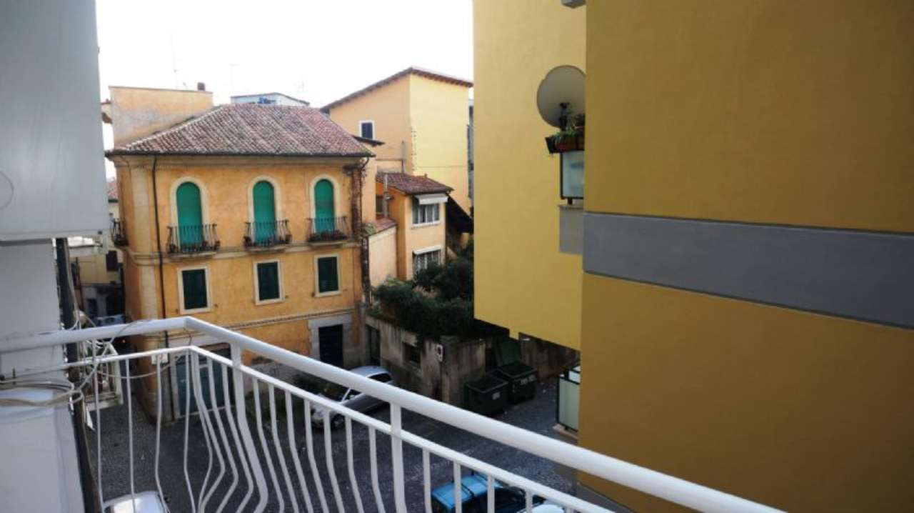 Bilocale Velletri Via Camillo Meda 10