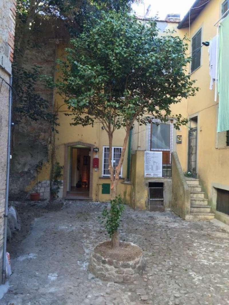 Bilocale Velletri Via Furio 11