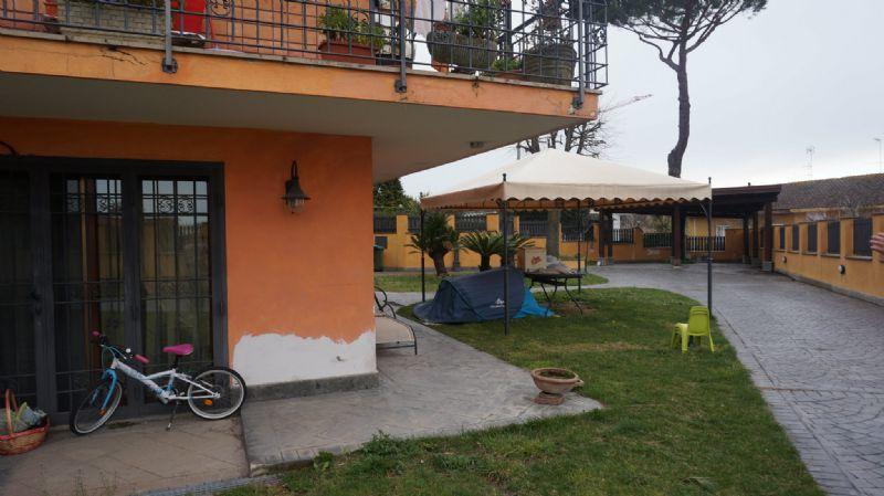 Bilocale Genzano di Roma Via Clerici 1