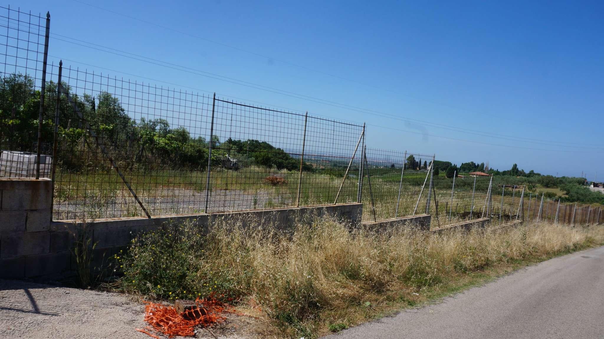 terreno  in Vendita a Genzano Di Roma