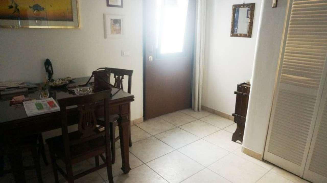 Bilocale Velletri Via Della Palma 8