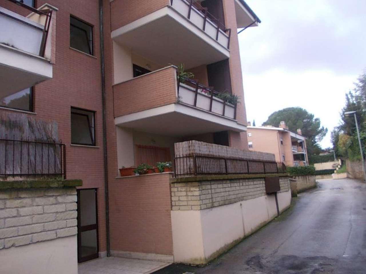 Bilocale Velletri Via Paganico 1