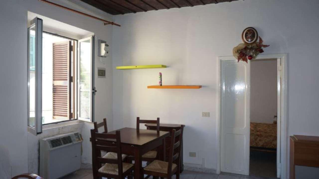 Bilocale Velletri Via Mancinelli 5