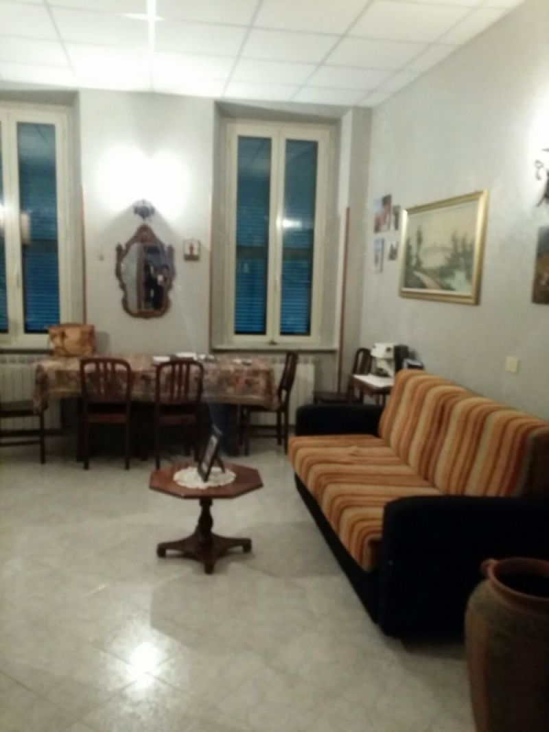 Bilocale Velletri Via Della Palma 1