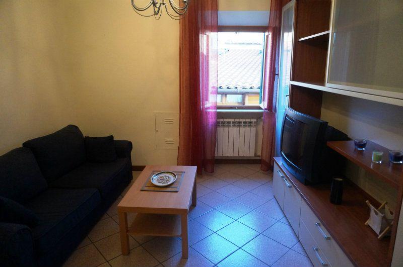 Bilocale Velletri Via Albrizi 3