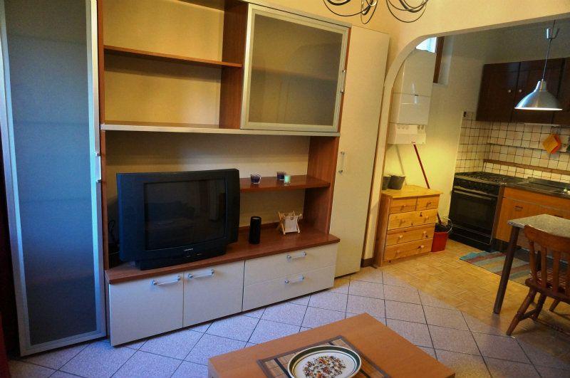 Bilocale Velletri Via Albrizi 4