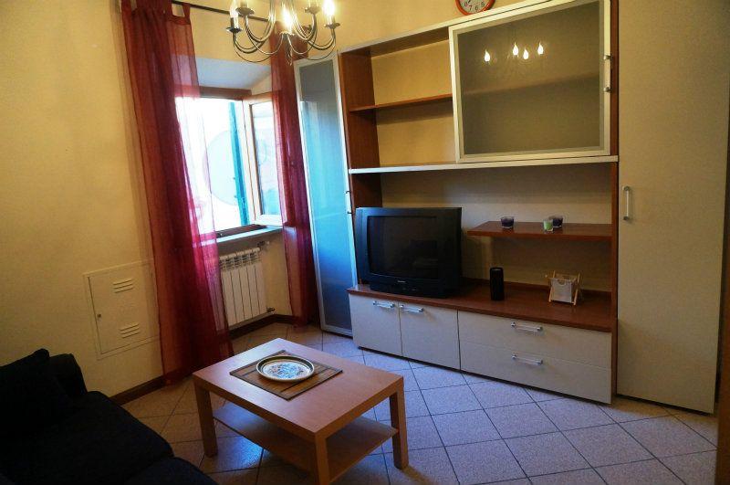 Bilocale Velletri Via Albrizi 5