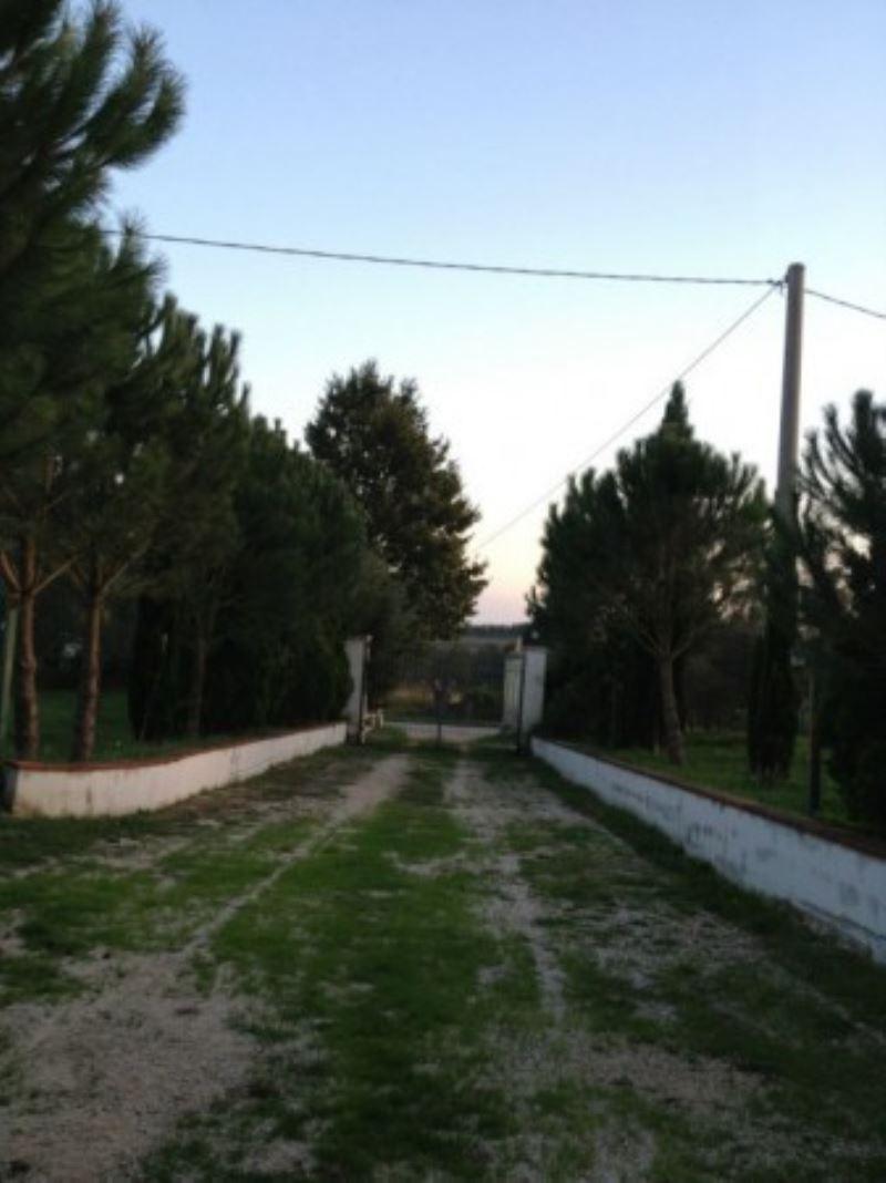 Rustico / Casale in vendita a Presenzano, 10 locali, prezzo € 800 | Cambio Casa.it