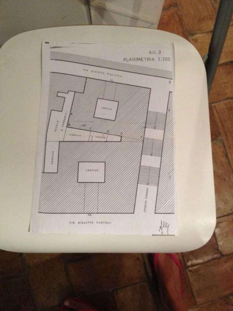 Vendita  bilocale Napoli Via Giacomo Piscicelli 1 1079265