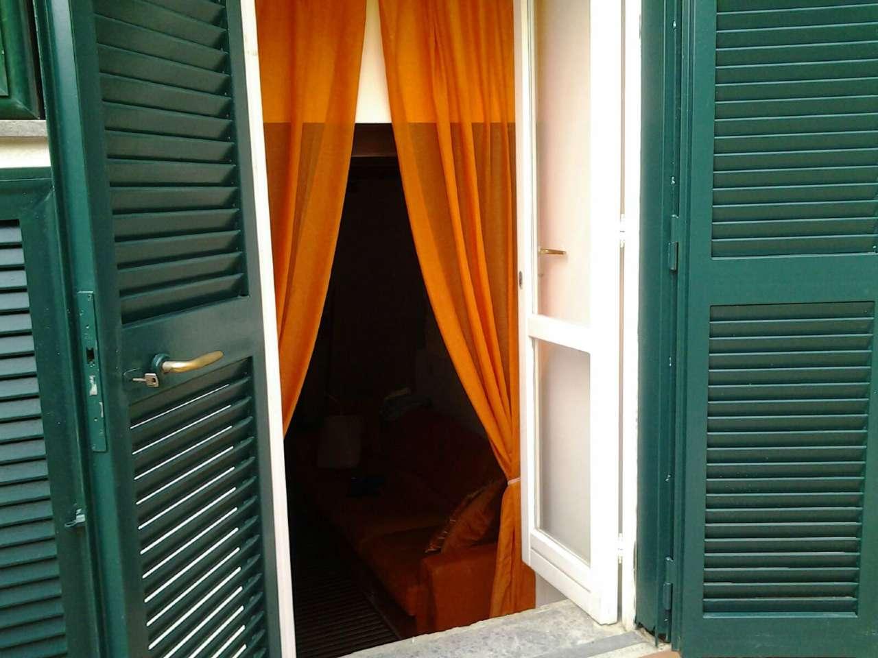 Appartamento in vendita a Napoli, 4 locali, zona Zona: 1 . Chiaia, Posillipo, San Ferdinando, prezzo € 300.000   CambioCasa.it
