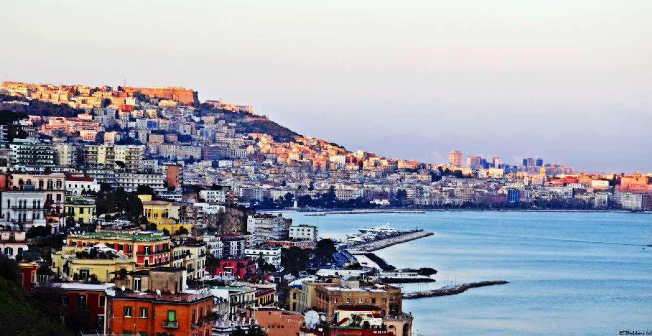 Attico / Mansarda in vendita a Napoli, 3 locali, zona Zona: 1 . Chiaia, Posillipo, San Ferdinando, prezzo € 550.000 | CambioCasa.it