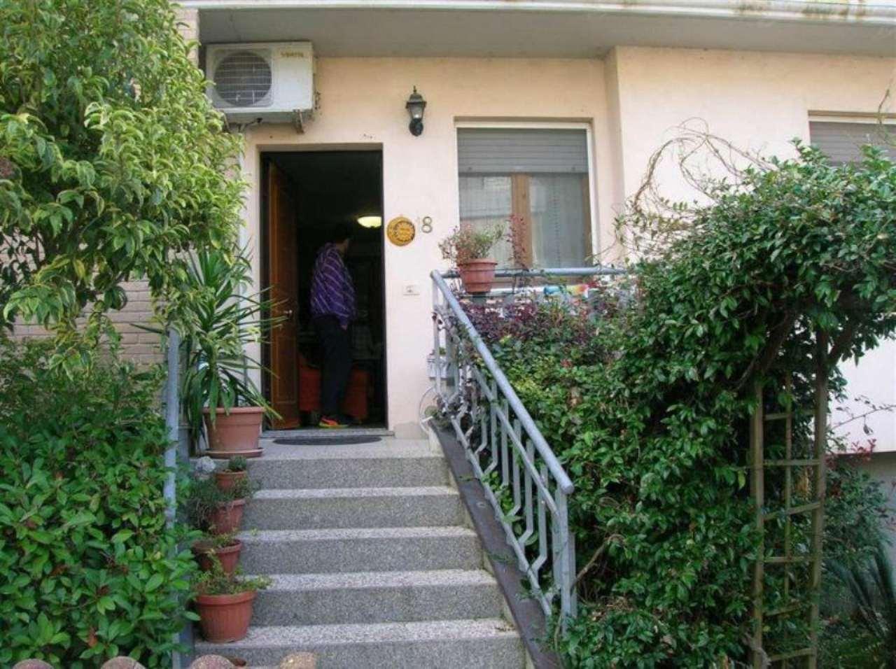 Appartamento in vendita a Tavullia, 3 locali, prezzo € 95.000 | Cambio Casa.it
