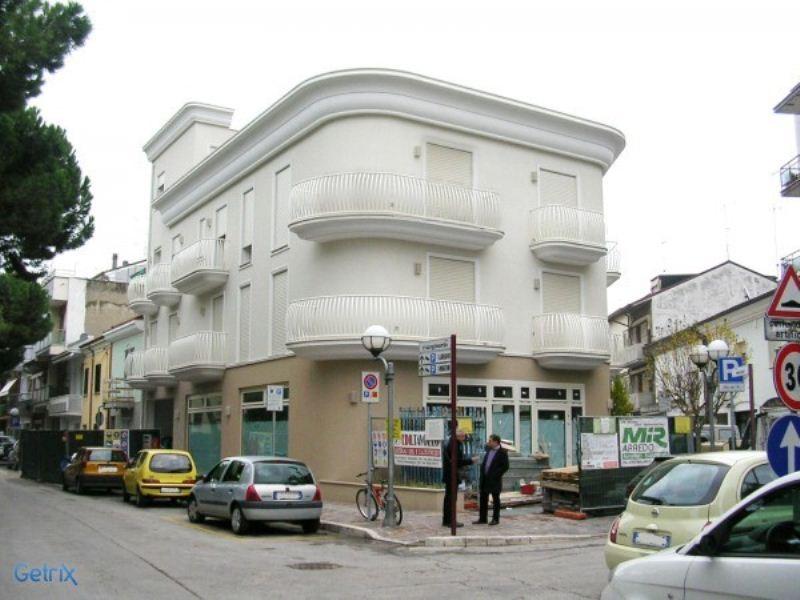 Appartamento in vendita a Cattolica, 3 locali, prezzo € 420.000 | Cambiocasa.it
