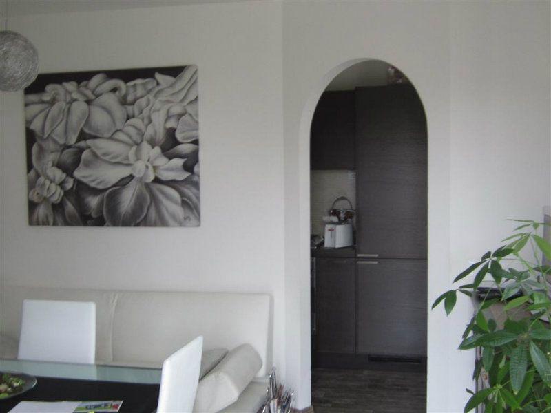 Appartamento in vendita a Montelabbate, 6 locali, prezzo € 180.000 | CambioCasa.it