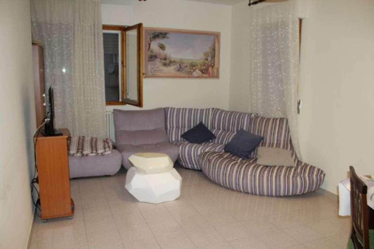 Appartamento in vendita a Vallefoglia, 3 locali, prezzo € 115.000 | Cambio Casa.it