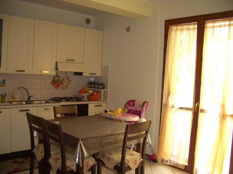 Appartamento in vendita a Vallefoglia, 2 locali, prezzo € 105.000 | Cambio Casa.it
