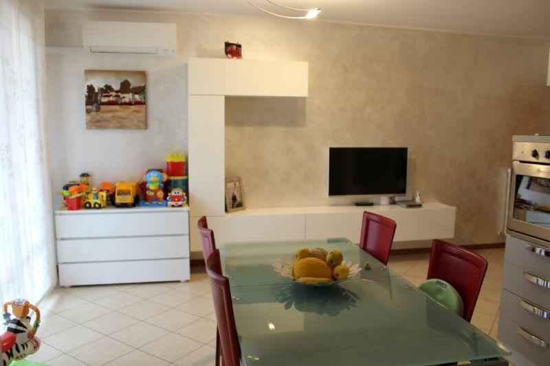 Appartamento in vendita a Vallefoglia, 3 locali, prezzo € 160.000 | Cambio Casa.it