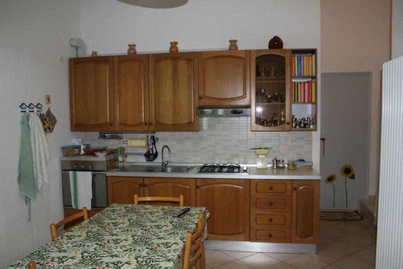 Appartamento in vendita a Montelabbate, 3 locali, prezzo € 110.000 | CambioCasa.it