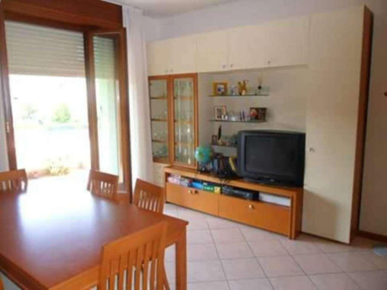 Appartamento in vendita a Vallefoglia, 3 locali, prezzo € 120.000 | Cambio Casa.it