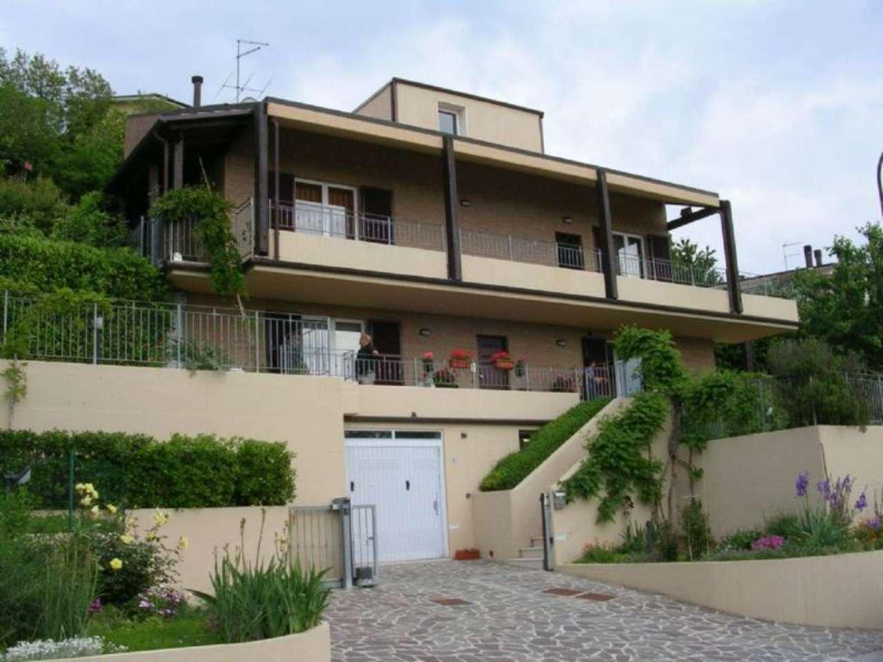 Soluzione Indipendente in vendita a Monteciccardo, 9 locali, prezzo € 600.000 | Cambio Casa.it