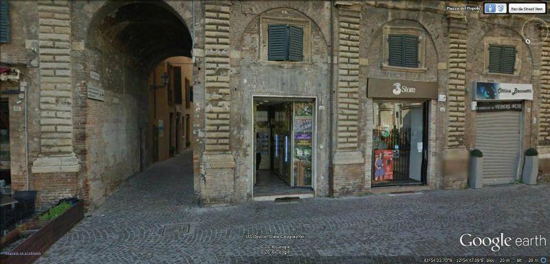 Negozio / Locale in vendita a Pesaro, 2 locali, prezzo € 220.000 | Cambio Casa.it