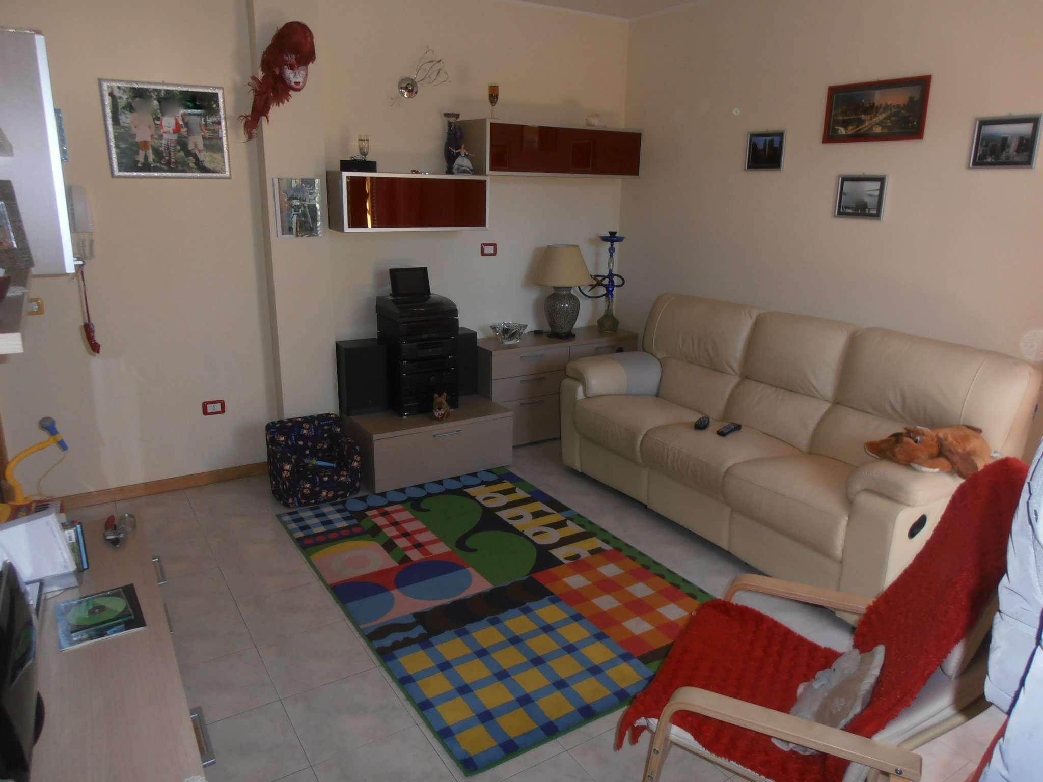 Appartamento in vendita a Vallefoglia, 4 locali, prezzo € 135.000 | Cambio Casa.it