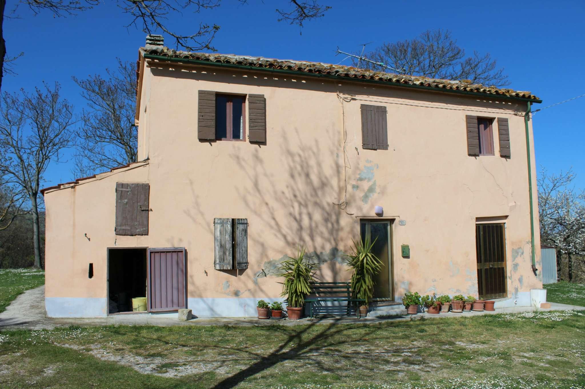 Soluzione Indipendente in vendita a Mondaino, 6 locali, prezzo € 150.000 | Cambio Casa.it