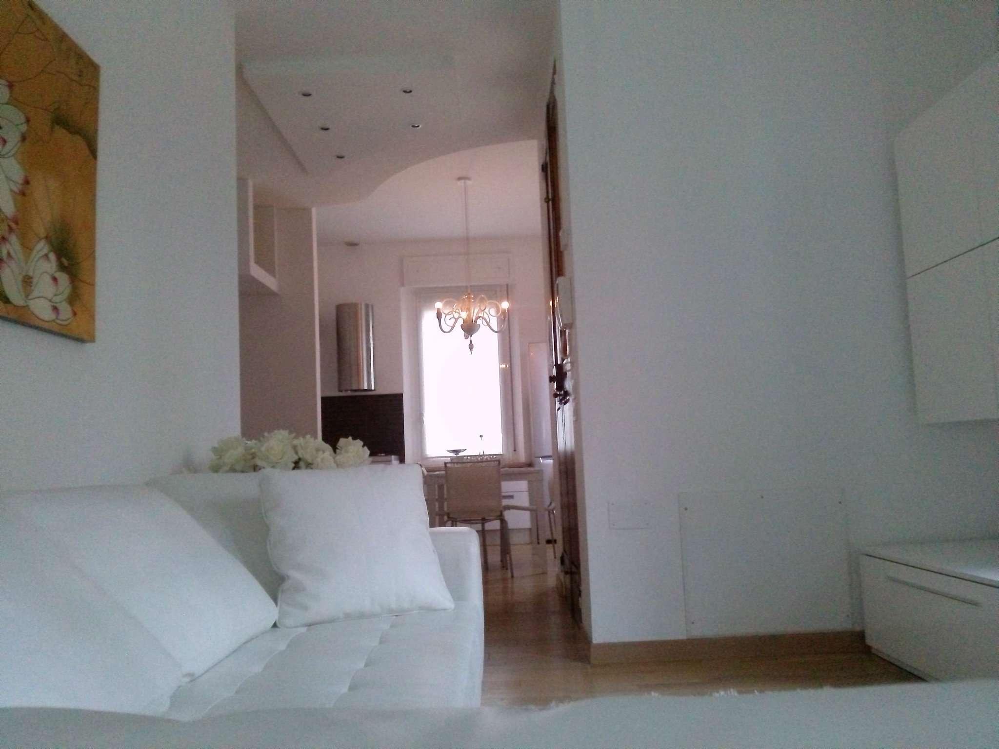 Appartamento in vendita a Pesaro, 4 locali, prezzo € 379.000 | CambioCasa.it