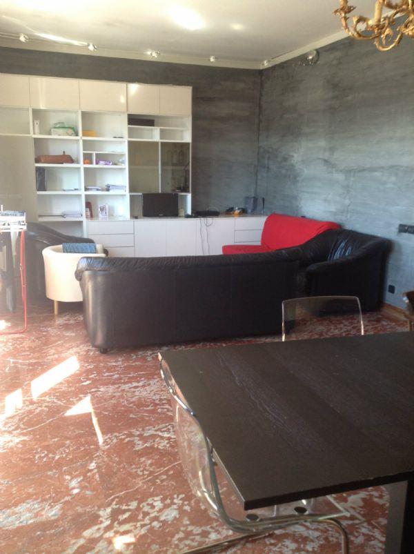 Bilocale Torino Via Guido Reni 4
