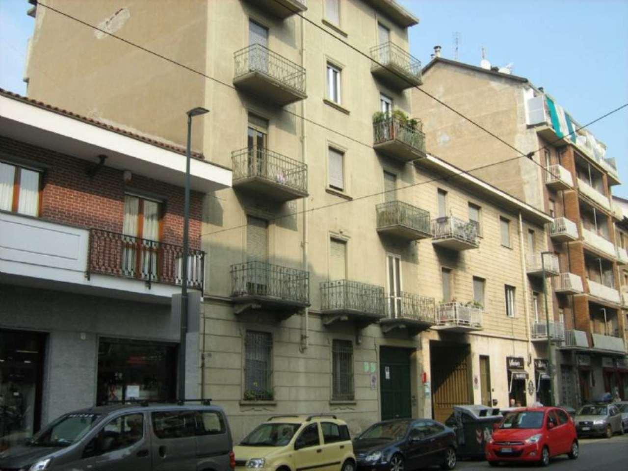 Bilocale Torino Via Chiesa Della Salute 1