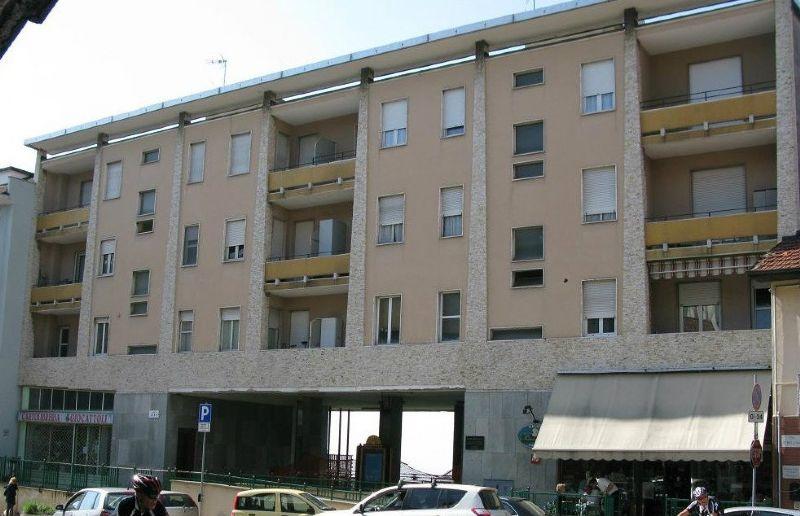 Appartamento in vendita a Pino Torinese, 4 locali, prezzo € 205.000 | Cambio Casa.it