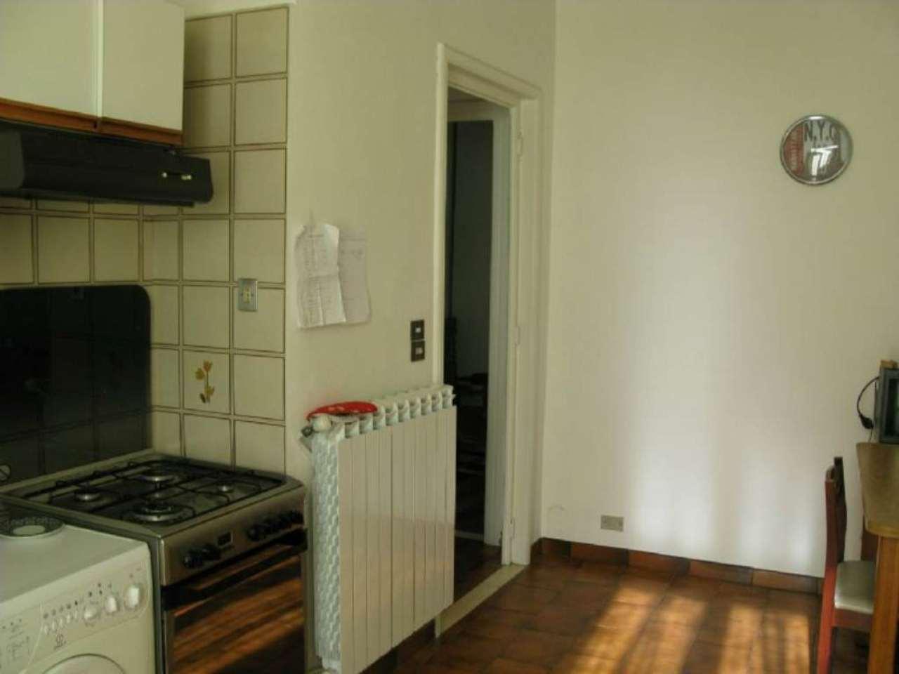 Bilocale Torino Via Porporati 5