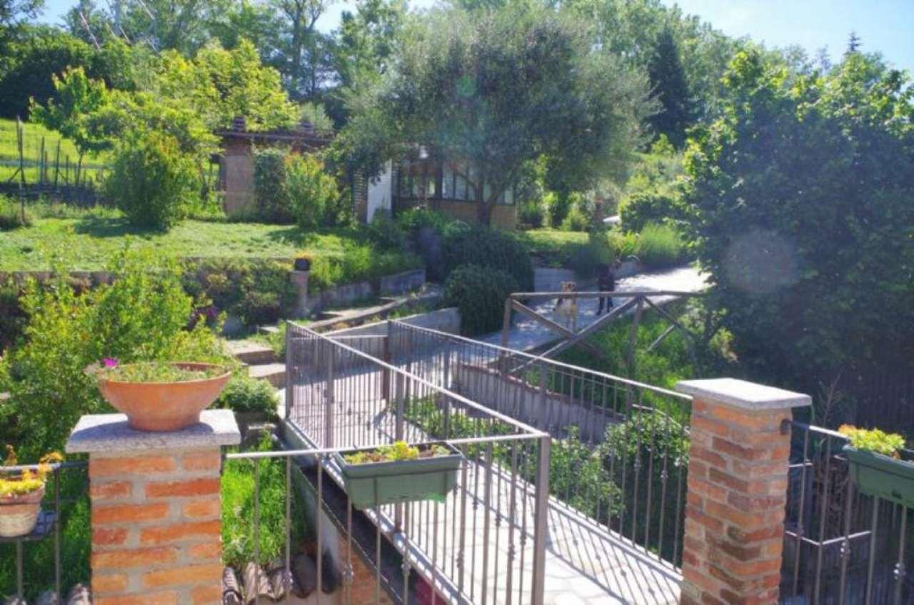 Appartamento in vendita a Pino Torinese, 4 locali, prezzo € 215.000 | Cambio Casa.it