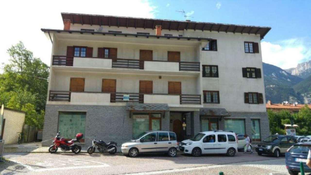Ufficio / Studio in vendita a Oulx, 7 locali, prezzo € 187.000 | Cambio Casa.it